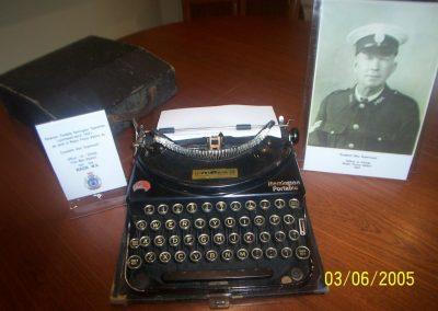 3 Wagin Museum Remington portable typewriter photo of Alec Duperouzel